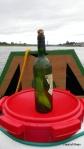 """peu avant Ancenis, face à l""""île Delage, je récupère cette bouteille à la Loire qui contient, ..."""